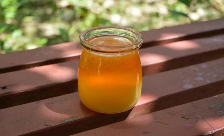 早上喝蜂蜜水的好处,早上喝蜂蜜水的注意事项