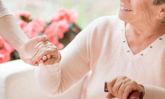 帕金森和阿尔茨海默症成了威胁老年人健康的元凶